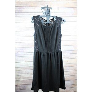 H&M DETAILED BLACK DRESS US 4